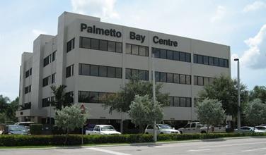 Contáctenos a Nuestra Ubicación en Palmetto Bay Centre
